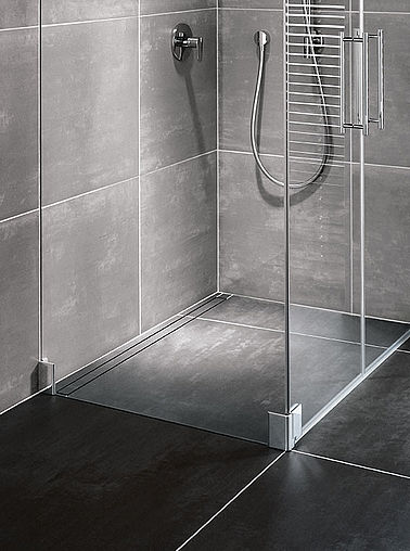 Kermi Walk-In shower enclosure on Line wet floor system - Detailed picture