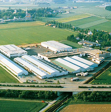Historic aerial view of Kermi headquarters and production facility in Plattling (1987)