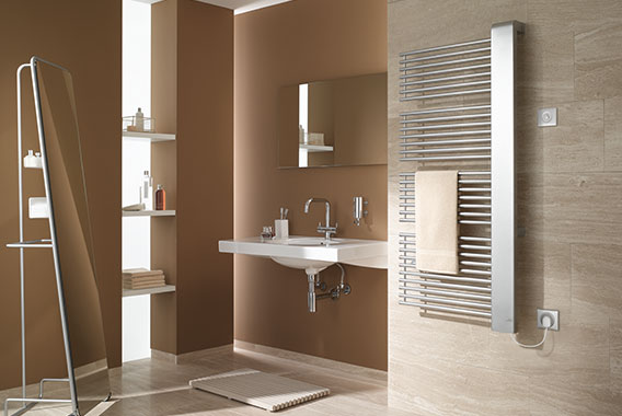 Kermi Credo-Half-E design and bathroom radiator for all-electric operation with WFC electrical set