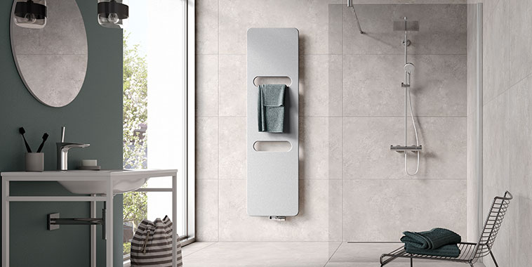Kermi design radiator Fineo – with its practical recesses, the perfect radiator for the bathroom